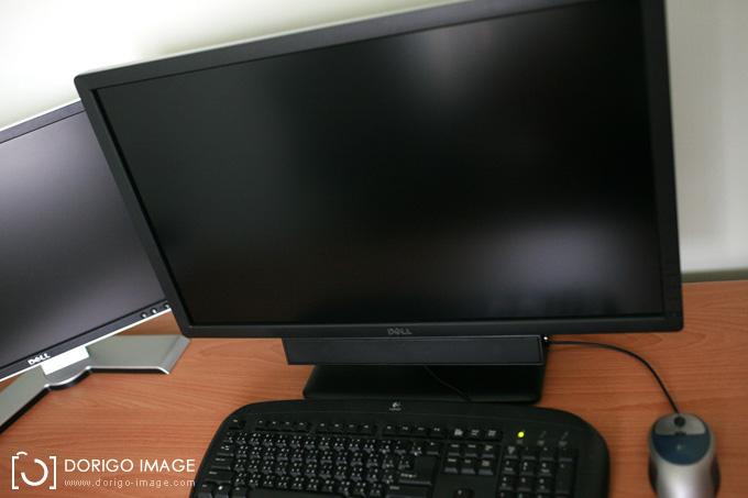 DELL U2713HM 液晶螢幕 開箱